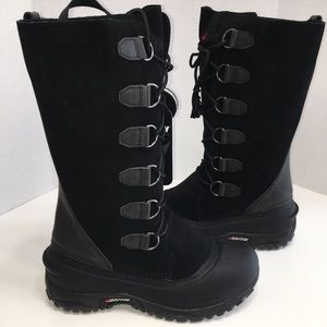 "Baffin ""Coco"" Women's Winter Boot - Size 10"